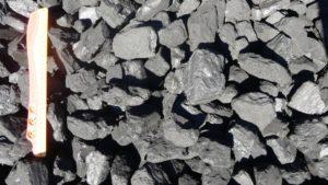 prodej černého uhlí